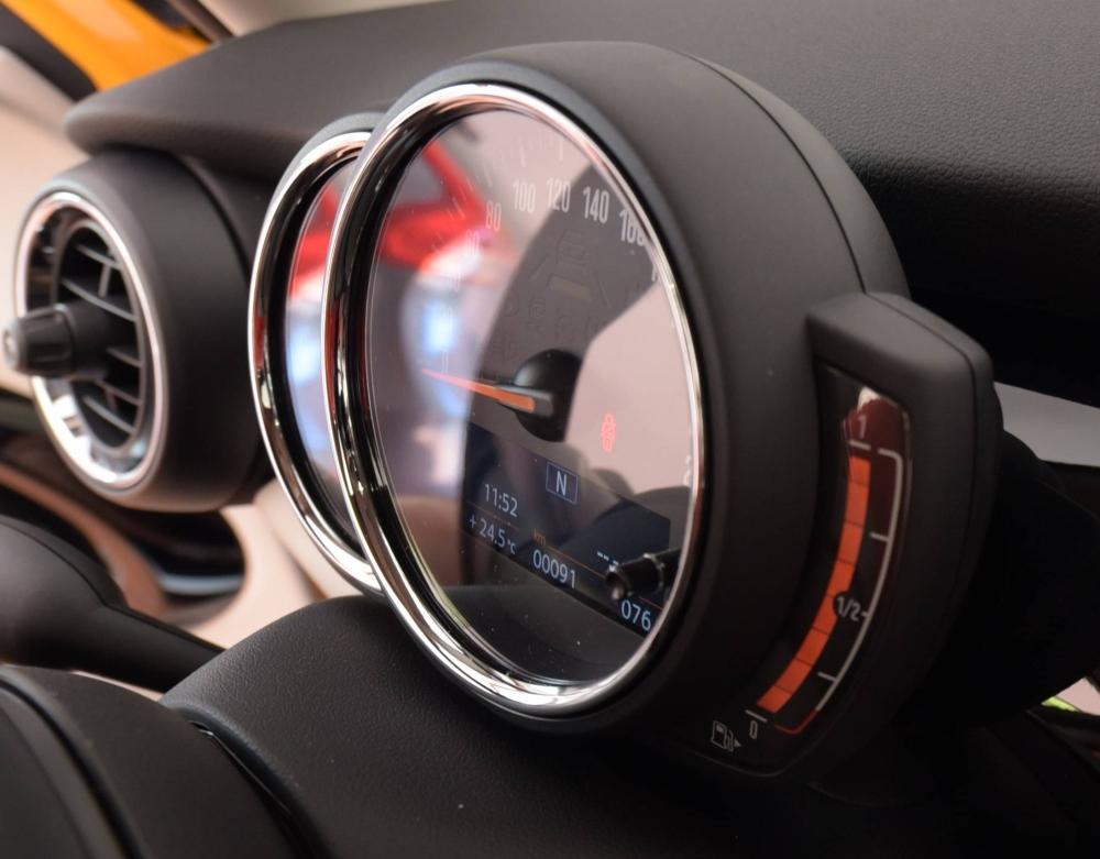 DSC_2126c-nuovo indicatore carburante.jpg