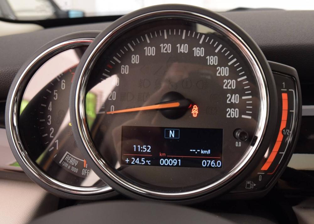 DSC_2125c-nuovo indicatore carburante.jpg